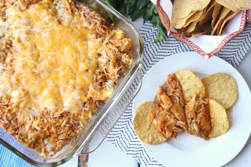 Crowd-Pleasing Queso: Cheesy Chicken Enchilada Dip