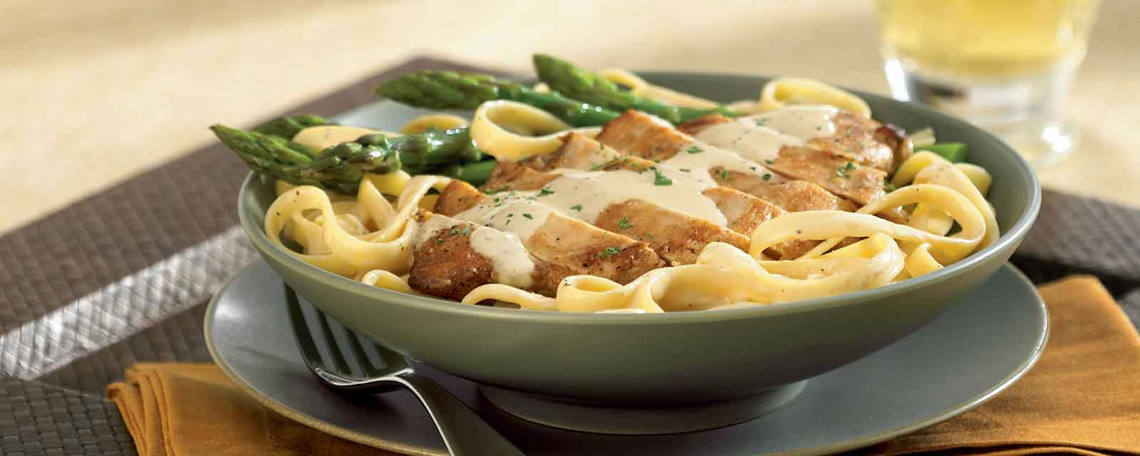 Fettuccine with Chicken Breasts