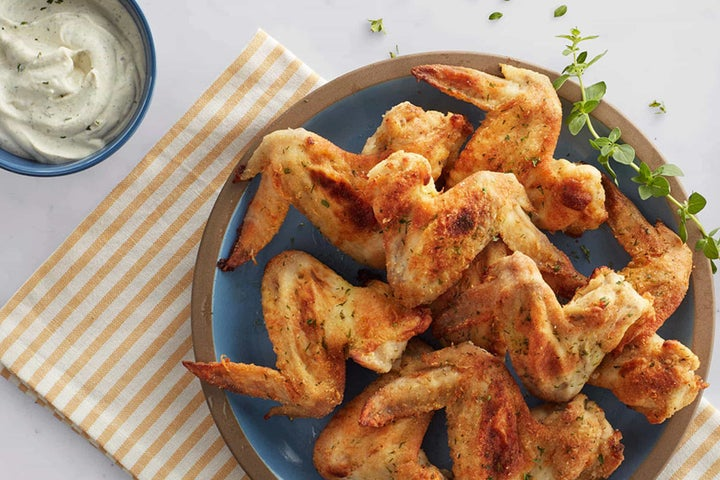 Baked Crispy Chicken Wings with Buttermilk Ranch