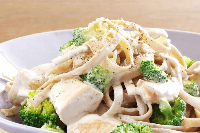 Creamy Chicken and Broccoli Alfredo