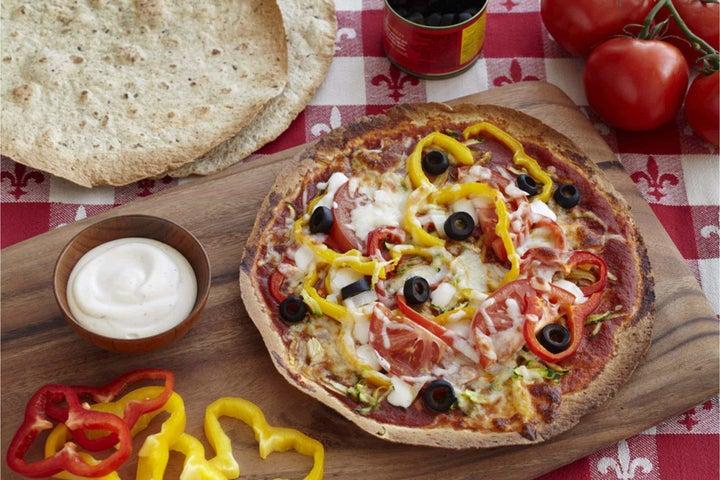 Friday Night Cheesy Veggie Pizzas