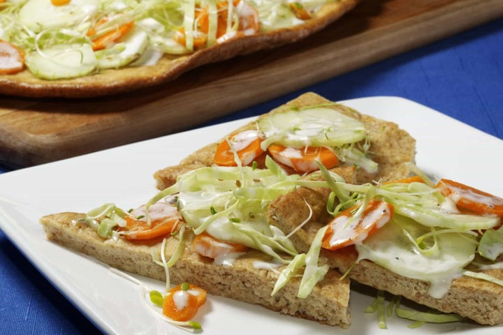 Naan Flatbread With Crunchy Veggie Ranch Topping