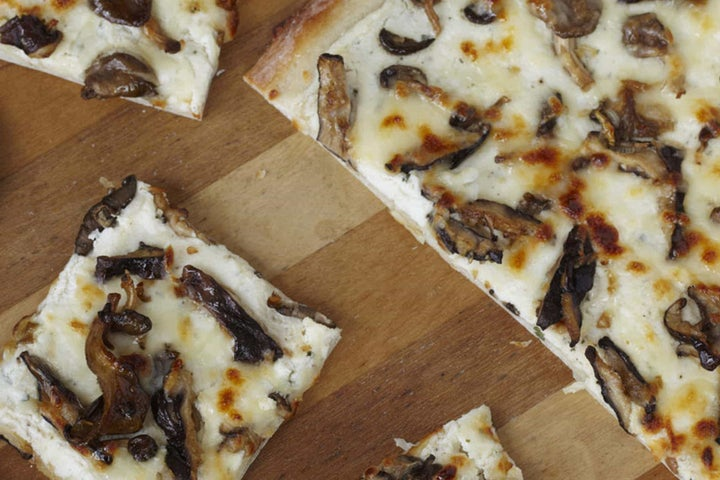 Ranch Ricotta Pizza